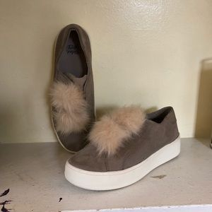 *125 Faded Glory Fuzzy Sneakers